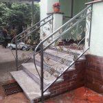 balustrda niskich schodków
