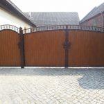duża brama panelowa