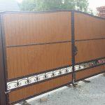duża brama dwuskrzydłowa