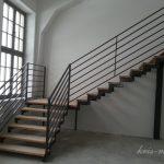 metalowe schody wewnętrzne